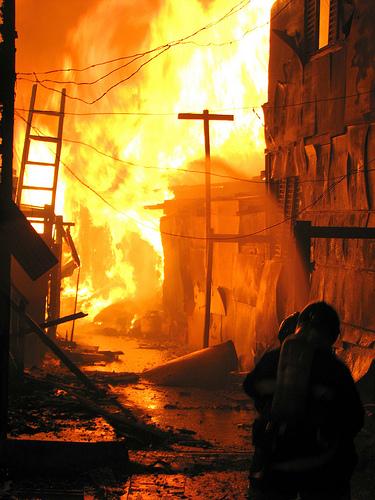 Fogo na favela do Jaguaré