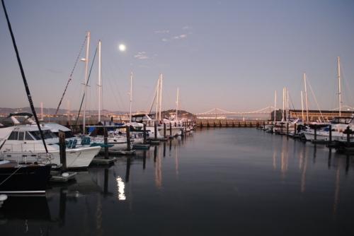 Lua nascendo no Pier 39, São Francisco